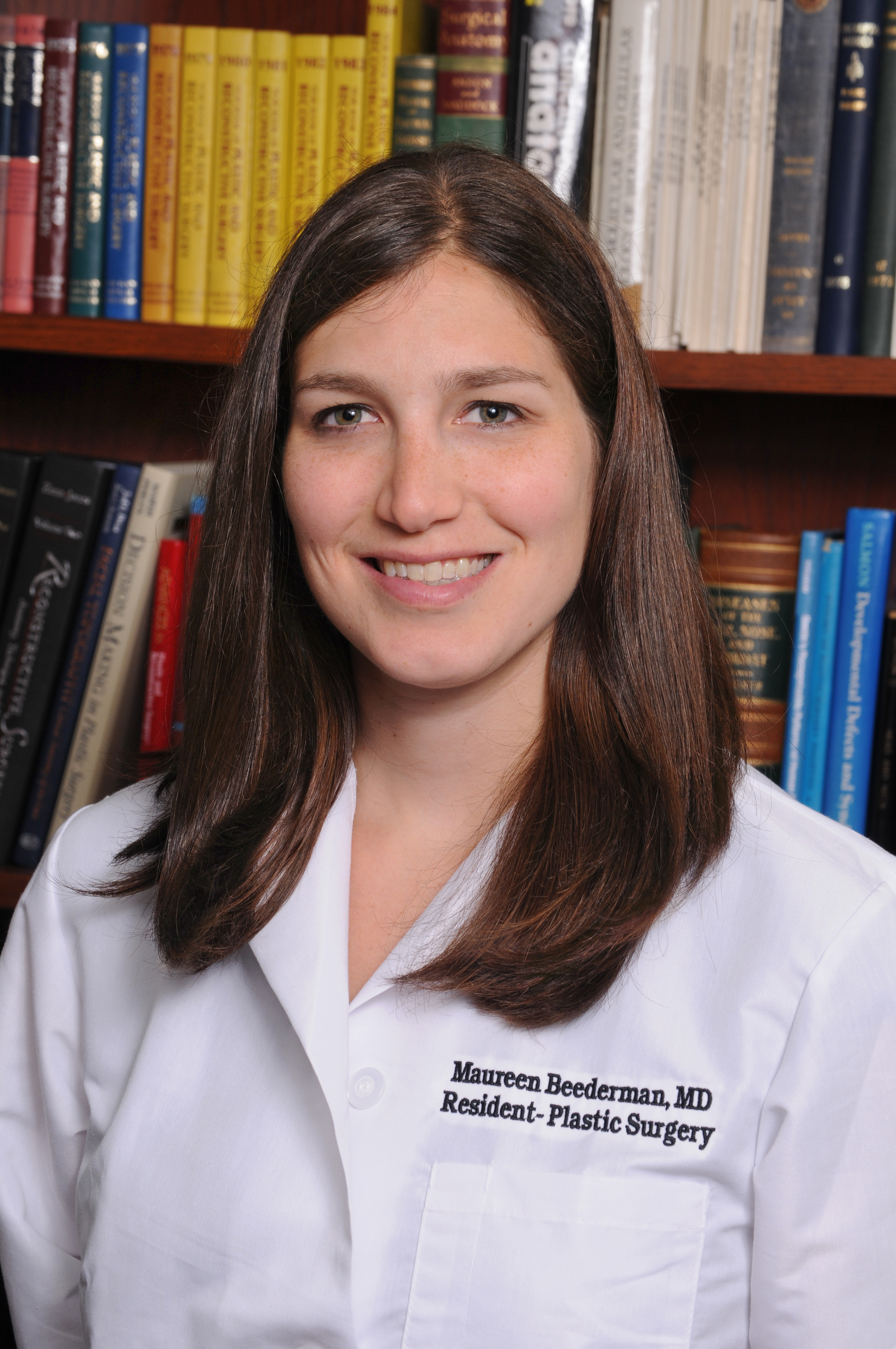 Photo of physician Dr. Maureen Beederman